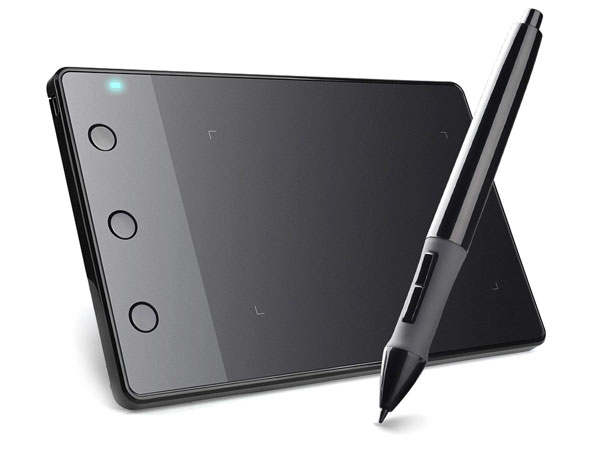 Huion H420 drawing tablet with pen